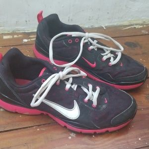 Nike FlexTr Shoes